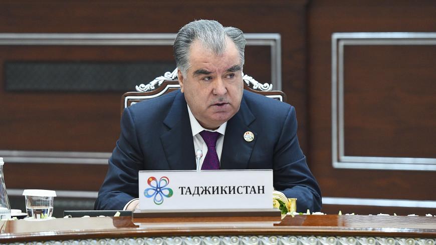 Эмомали Рахмон предложил проводить Дни культуры народов Центральной Азии
