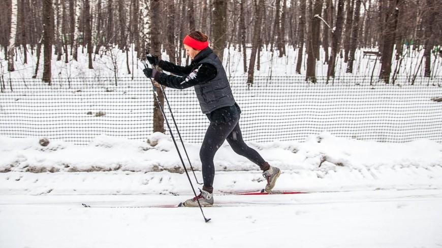 В московских «Сокольниках» заработала всепогодная лыжная трасса