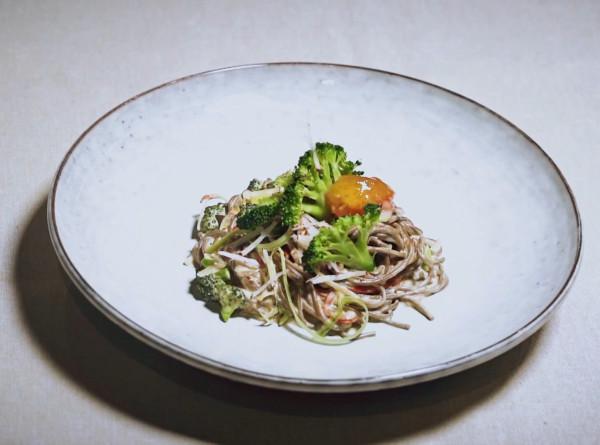 Ужин по-японски: гречневая лапша с говядиной и брокколи. РЕЦЕПТЫ
