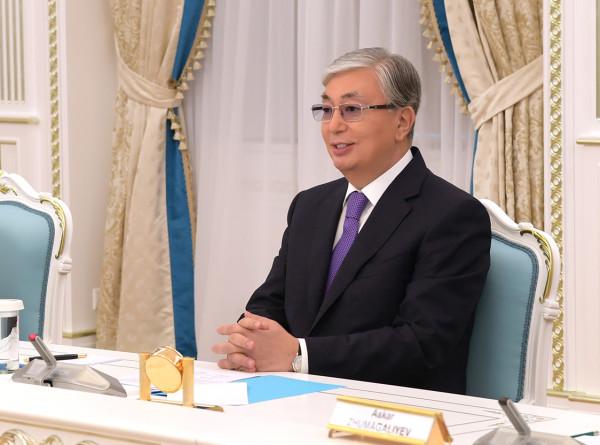 Токаев в Нур-Султане обсудил сотрудничество с вице-премьером Сингапура