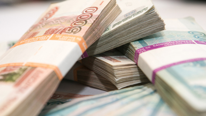 Ради трудоустройства мужа москвичка отдала мошеннику 2 миллиона рублей