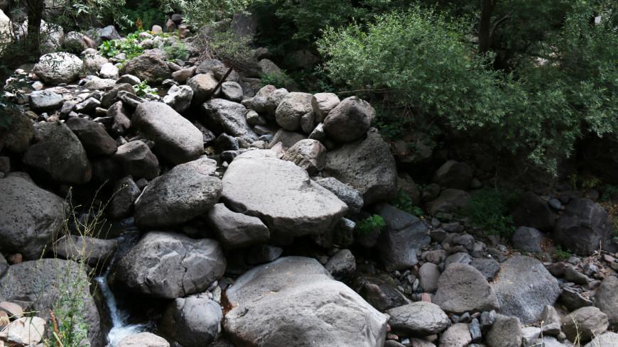 Природа Армении,Армения, природа, камень, насыпь, булыжник,