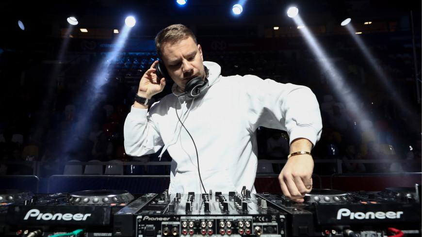 DJ Smash простил избившему его депутату два миллиона рублей