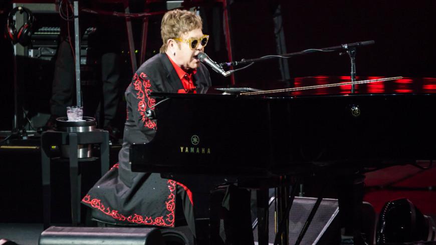 Элтон Джон выступил 14 декабря 2017 г. в Москве в рамках своего турне Wonderful Crazy Night