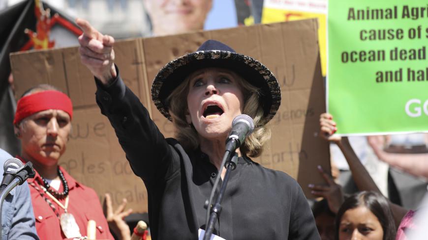 Джейн Фонда арестовали за акцию протеста в Вашингтоне