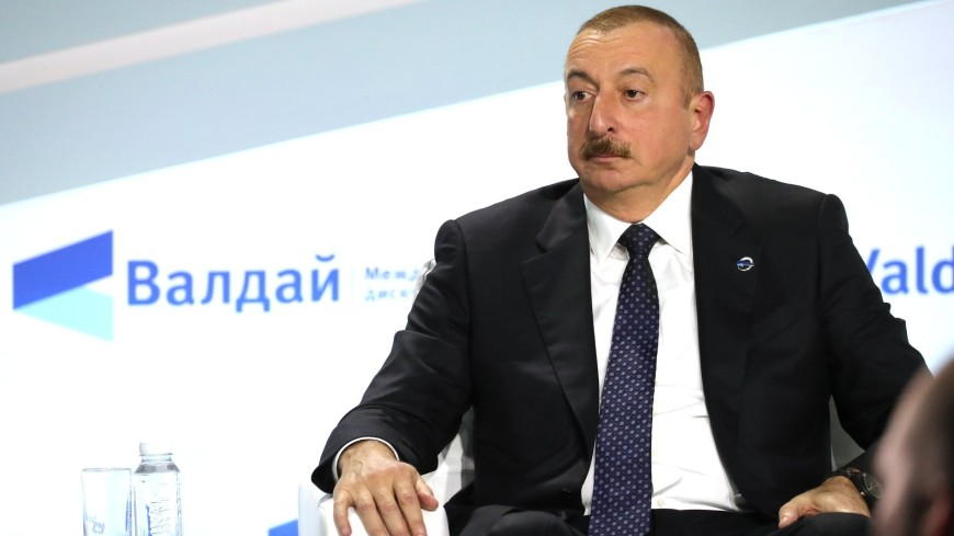Алиев: «Фактор Путина» помог России преодолеть сложности