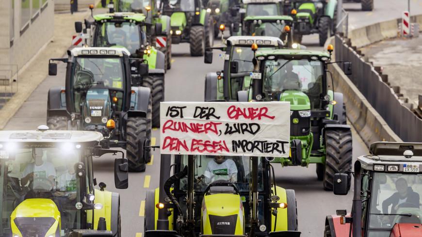 Фермеры на тракторах парализовали крупные города Германии
