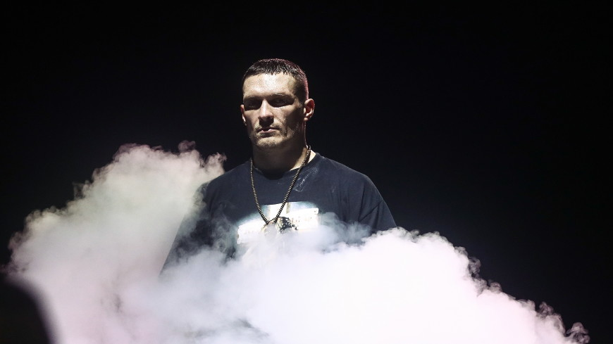 Боксер Усик проведет бой с американцем Уизерспуном
