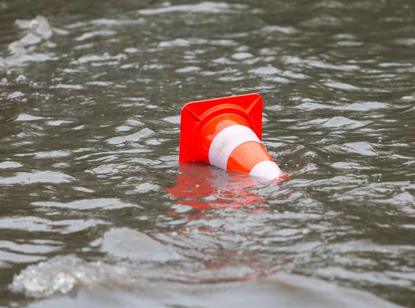 Хабаровские власти потребовали оперативно составить списки пострадавших от паводка