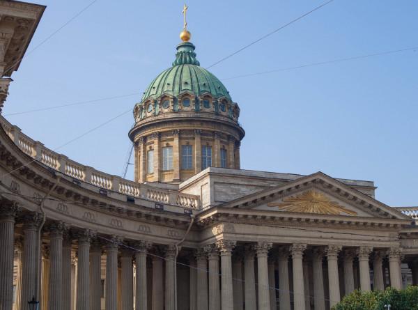 Знаки масонов и предсказание о крахе династии Романовых: загадки и легенды Казанского собора