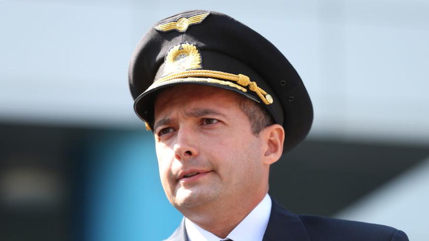 Пилот Дамир Юсупов, посадивший самолет в кукурузном поле, вернулся к полетам