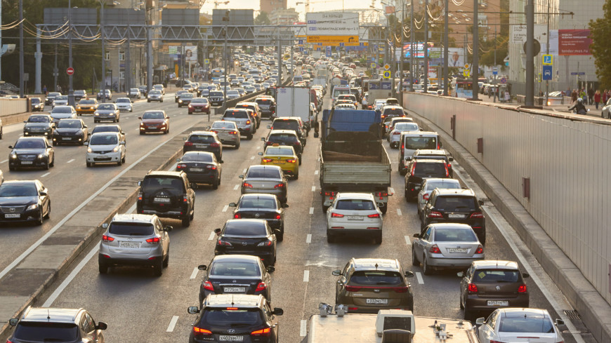 Эксперты узнали, что почти каждый второй водитель устал от автомобиля