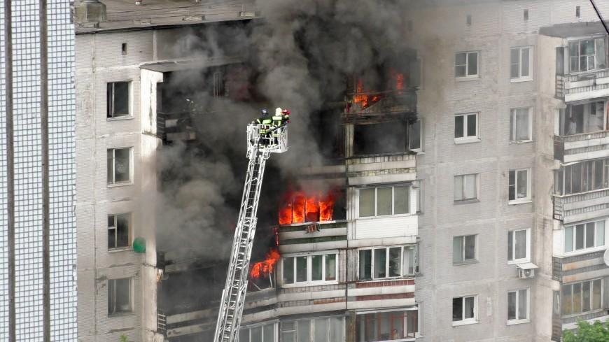 Названы штрафы за пожар из-за курения на балконе
