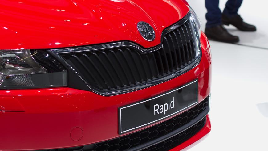 Стали известны примерные сроки выхода обновленного Skoda Rapid в России