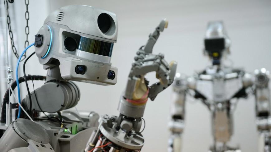 Робот Федор на МКС использовал дрель и полотенце
