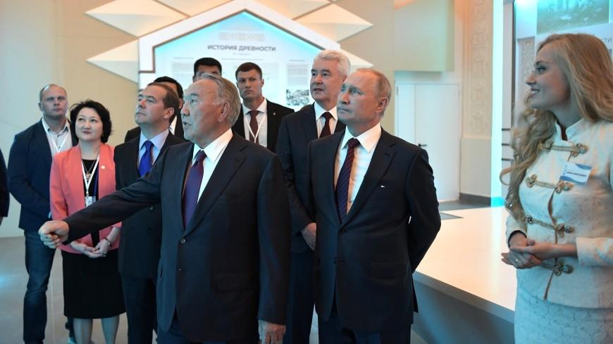 Путин предложил назвать космический комплекс «Байтерек» в честь Назарбаева