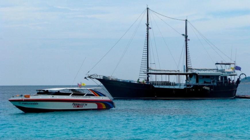 "Фото: Сергей Рабкин (МТРК «Мир») ""«Мир 24»"":http://mir24.tv/, яхта, таиланд, море, лодка, катер"