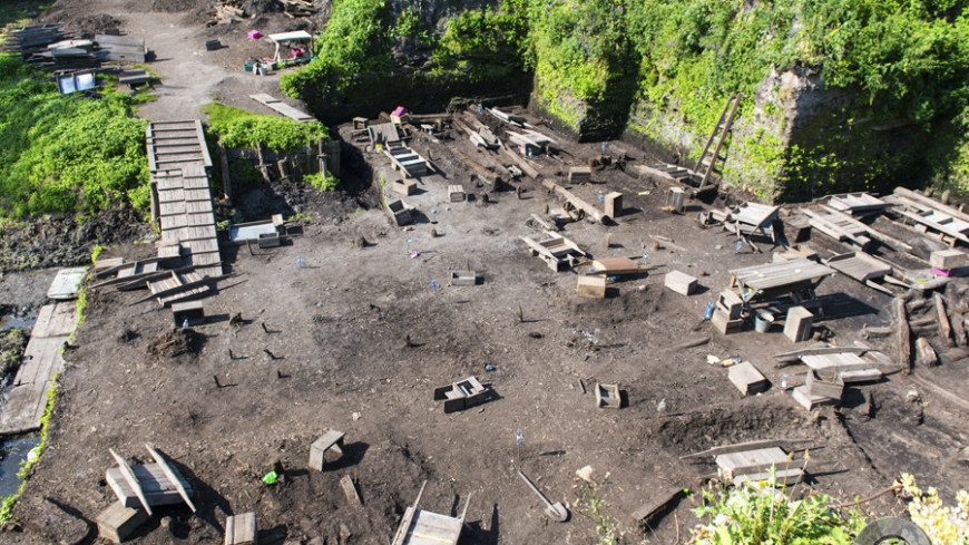 """Фото: Евгений Ем, """"«Мир 24»"""":http://mir24.tv/, раскопки, новгород, археология"""