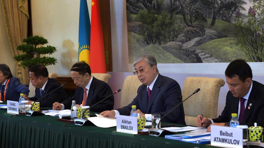 Токаев предложил бизнесменам КНР создавать центры туризма в Казахстане