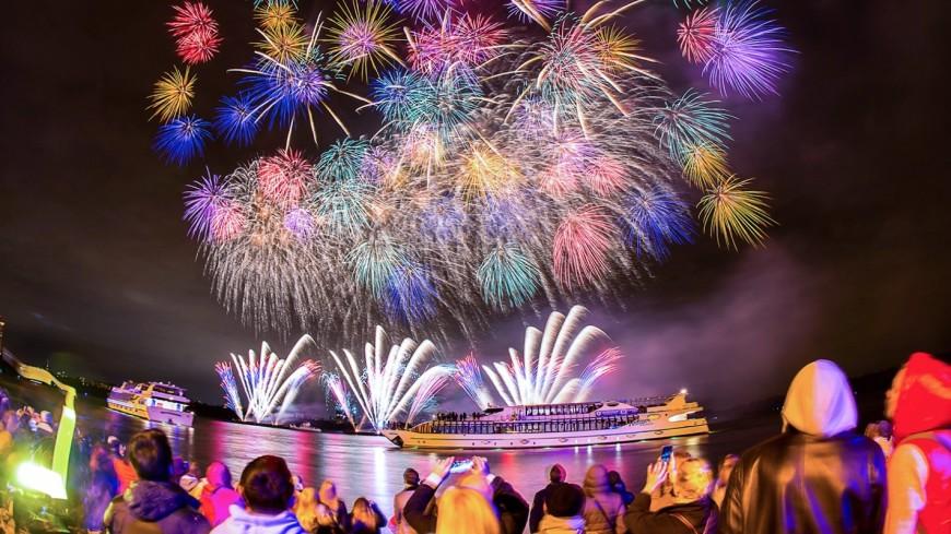 Красочное шоу под открытым небом: в Москве стартует фестиваль «Круг света»