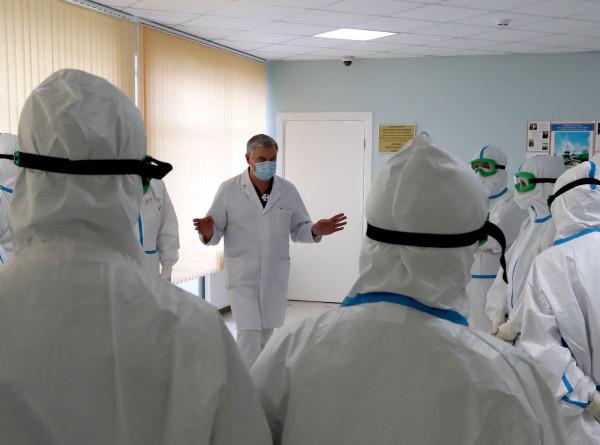В России от коронавируса выздоровели 355 человек