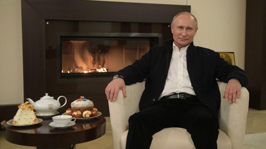 Путин в поздравлении с Пасхой отметил, что у России есть все для борьбы с коронавирусом