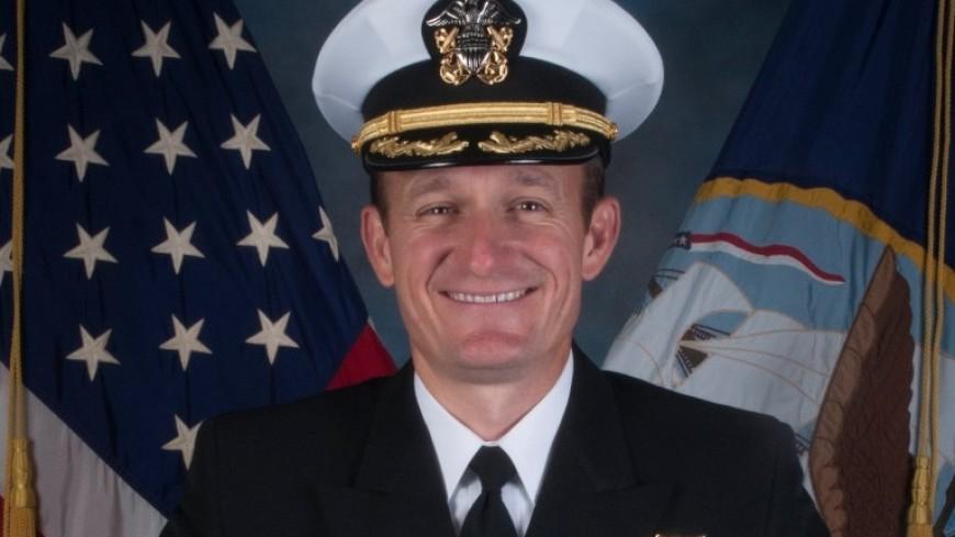 Снятый с должности капитан американского авианосца заразился коронавирусом