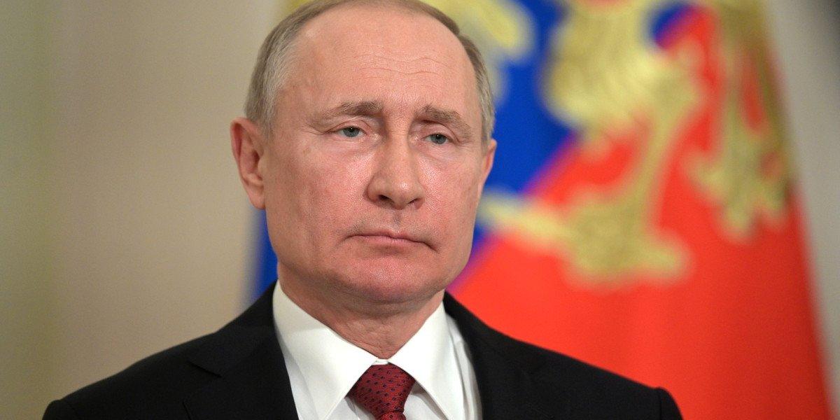 Путин выразил соболезнования руководству Индии из-за авиакатастрофы