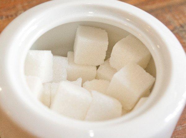 Кому полезны сахарозаменители?