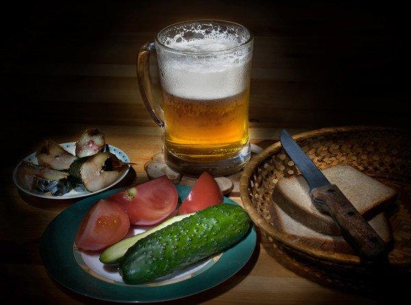 Сладкие пироги и колбаски: с какими блюдами сочетают пиво в разных странах