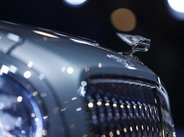В России начались продажи Bentley Flying Spur нового поколения