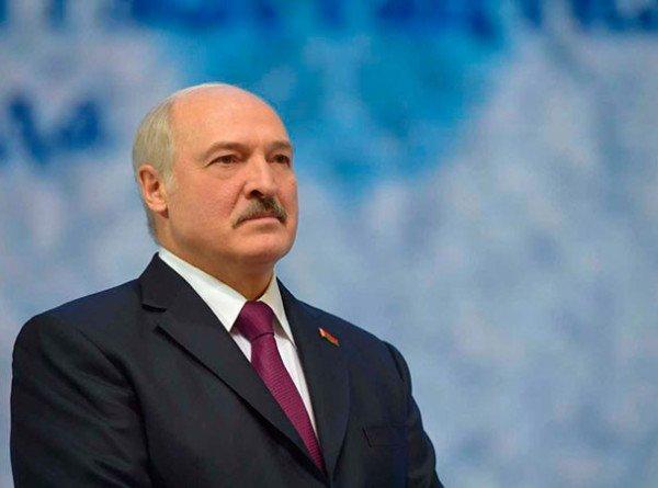 Послание Александра Лукашенко: чего ждут от обращения президента депутаты и простые белорусы?
