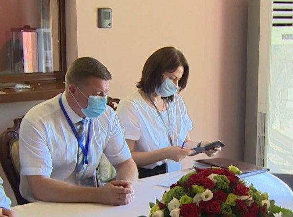 В Армении белорусы голосуют на выборах президента, соблюдая эпидемиологические меры