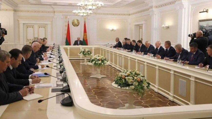 Лукашенко: У каждого, кто имеет право голоса, должна быть возможность участвовать в выборах