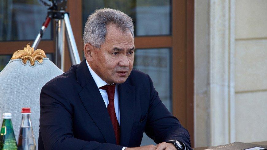Шойгу и глава МО Азербайджана открыли конкурс «Кубок моря» Армейских международных игр