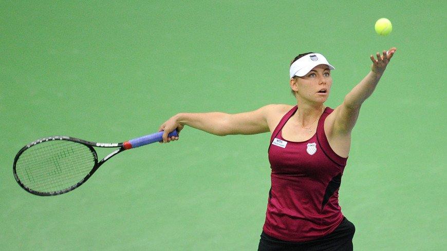 Вера Звонарева вышла в третий круг теннисного турнира в Нью-Йорке