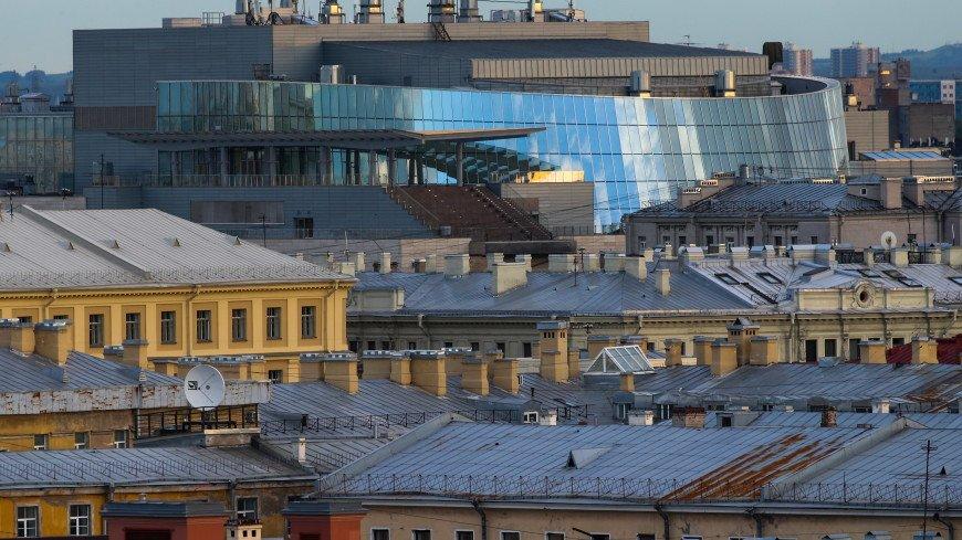 Жильцы против руферов: в Петербурге хотят легализовать экскурсии по крышам