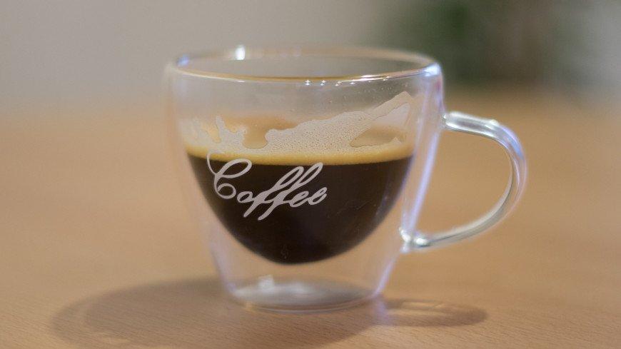 кофе, напиток, эспрессо, утро, завтрак, перекус, кофеин, кафе, кружка, зерна, арабика, кофейня,