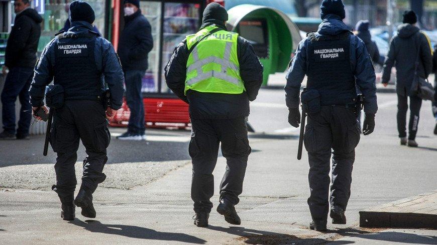 Правоохранители начали переговоры с захватчиком БЦ в Киеве