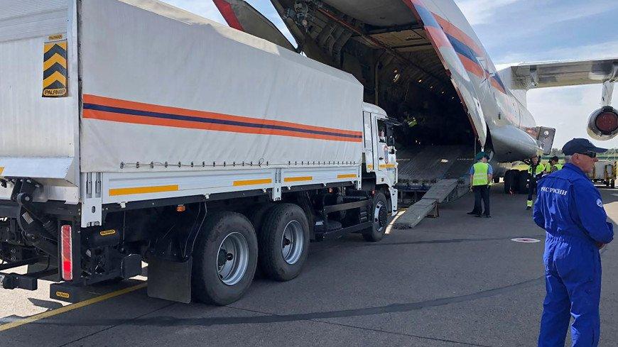 Россия отправила в Ливан самолеты МЧС со спасателями и врачами