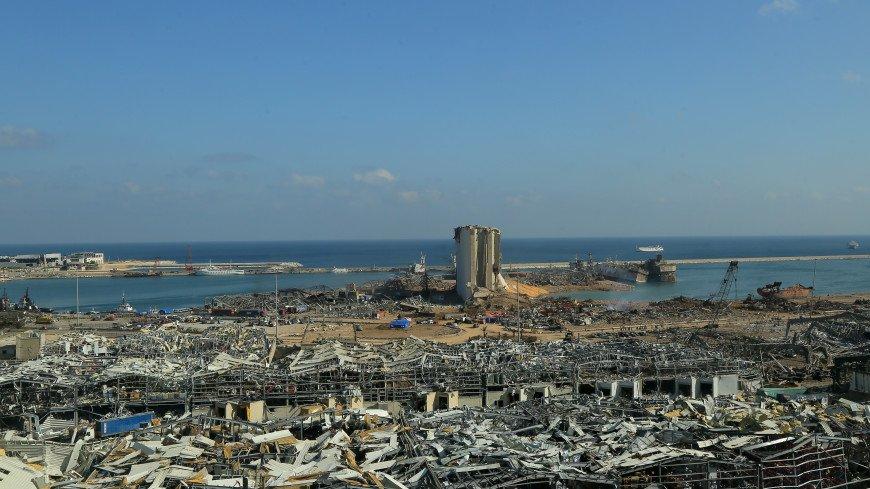 Президент Ливана назвал возможные версии взрыва в Бейруте