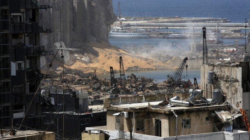 Президент Ливана оценил ущерб от взрыва в Бейруте в $15 миллиардов