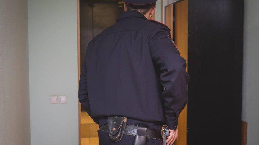 Полицейский 11 лет жил в квартире пропавшего пенсионера