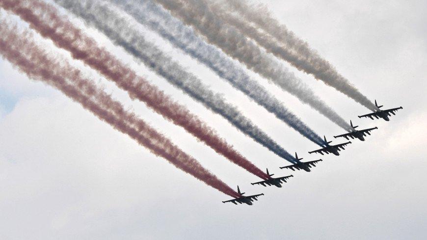 парад, военный парад, ввс, Военно-Воздушные Силы, Главный военно-морской парад, флот, корабль, армия, санкт-петербург, нева, самолет, триколор,