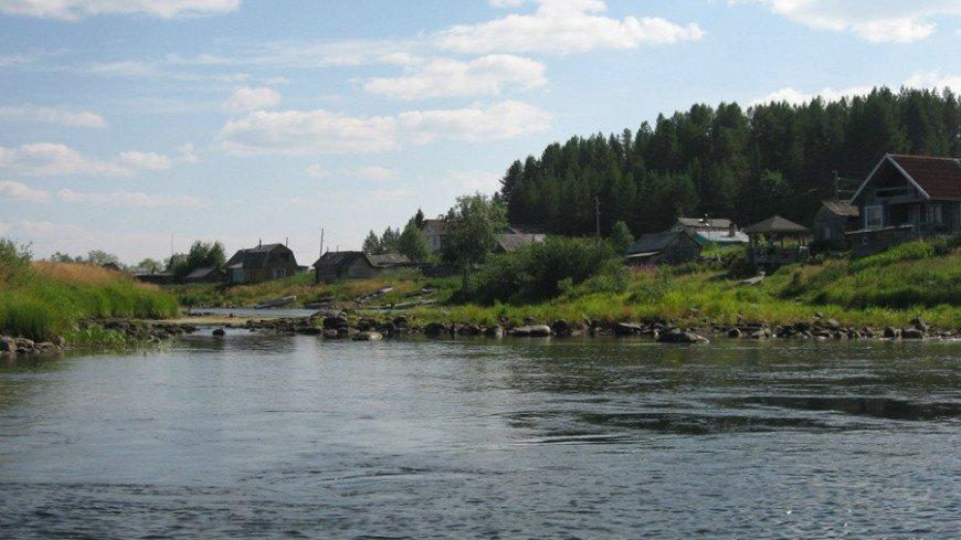 """Фото: Елизавета Шагалова, """"«МИР 24»"""":http://mir24.tv/, река, деревня"""
