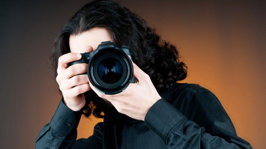 Фотограф раскрыл секрет оптической иллюзии, которая делает фото цветными