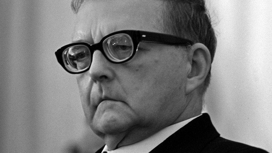 Квартиру композитора Шостаковича в Петербурге снова выставили на продажу