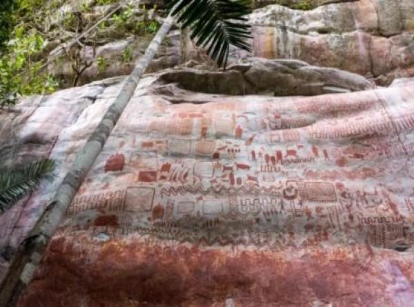 В джунглях Амазонки нашли древнюю «фреску» с вымершими животными