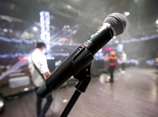 Музыка года: в Кремле лучшим исполнителям вручили премию «Виктория»