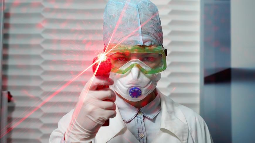 Врач рассказал об опасности сверхраспространителей коронавируса